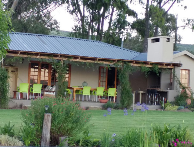 Wakkerstroom in Mpumalamga - Magnificent views over dam, wetlands and mountains