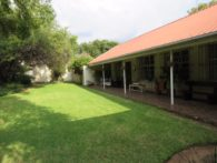 REGULAR HOUSE IN PRESIDENT PARK – MIDRAND – COULD BE GREAT AS GUESTHOUSE
