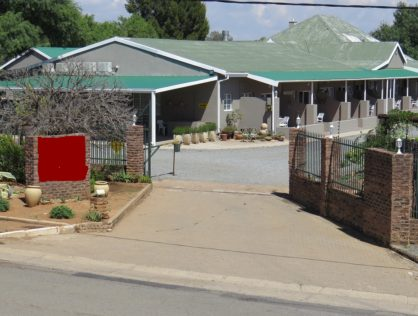 Colesburg Guesthouse & Restaurant