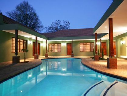 Peaceful Surroundings in Blackheath – Northcliff & walking distance to Shopping Centre