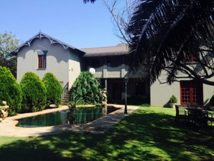 Historical Building in Middleburg Upmarket Area & Serene Surroundings