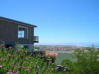 Muizenberg Stunning Mountain & Ocean Views