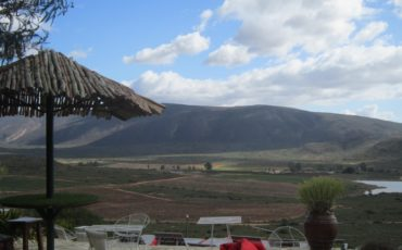 QUAINT MCGREGOR – BEAUTIFUL & SERENE MOUNTAIN & VALLEY VIEWS